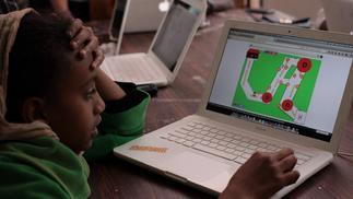 在肯尼亚,用游戏建造和平