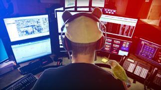 一款模拟911接线员工作的游戏在Steam上架,自带简中