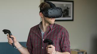 俄罗斯男子因游玩VR设备时摔倒,不幸身亡