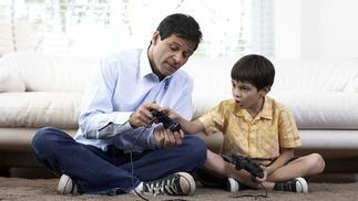 我们请几位家长读了读腾讯的《写给家长的游戏指南》