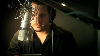 《杀出重围》配音演员幕后故事:为改造人奉献声音的男人
