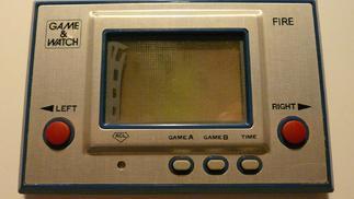 前掌机时代:计算器、游戏手表和Game & Watch