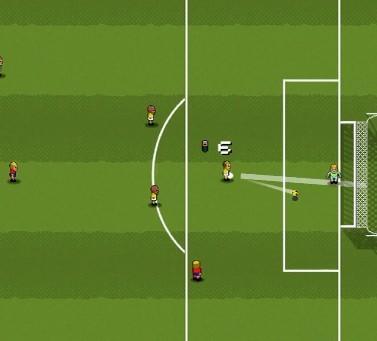可以看到玩家划出的轨迹和足球实际飞行的路线还是有不小偏差的