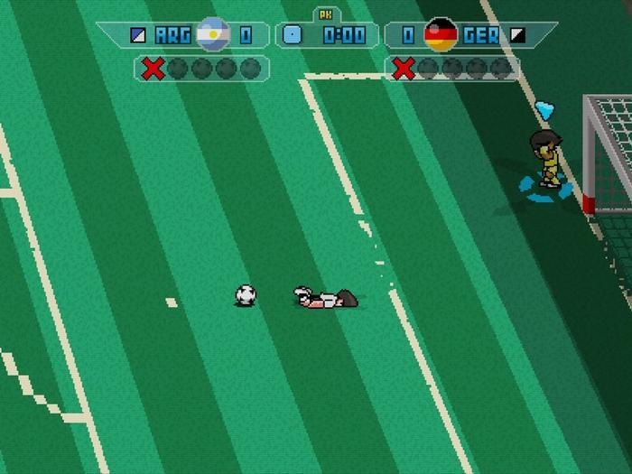 史上第一位踢点球时被球绊倒的球员,就连对方门将都不忍直视了
